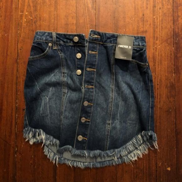 Forever 21 Dresses & Skirts - Forever 21 Denim Button-down Skirt
